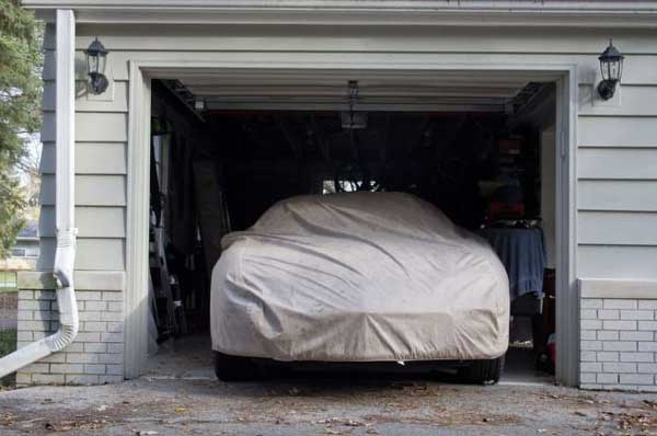 HOW TO PROPERLY STORE YOUR CAR